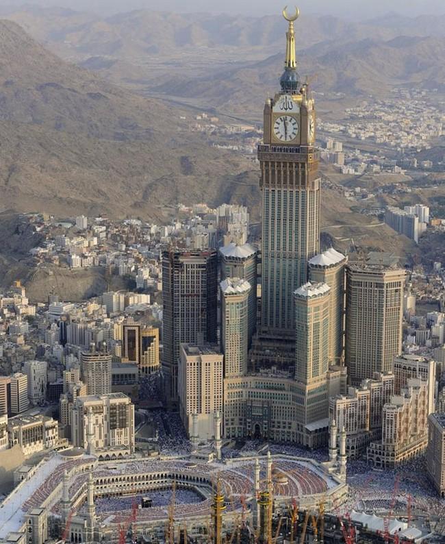 Abraj-Al-Bait-Towers-8